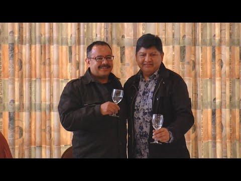 VÍDEO: Pareja homosexual logra que su unión sea registrada legalmente en Bolivia de AGENCIA EFE