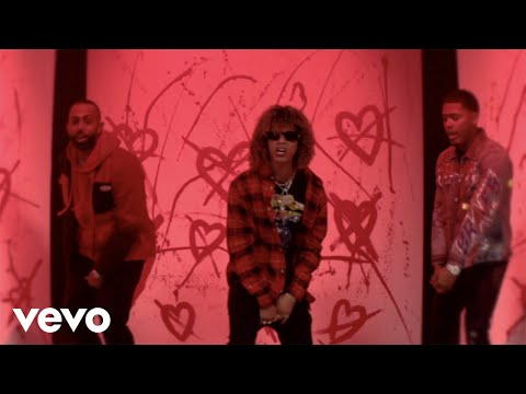 Jon Z, Myke Towers & Eladio Carrion – Quedate Sola (Official Video)
