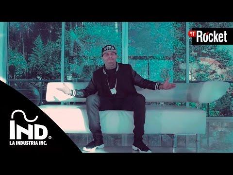 Si Tu No Estas – Nicky Jam Ft De la Ghetto | Video Oficial
