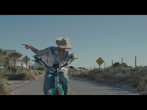 Brian Kelley – Beach Cowboy (Official Music Video)