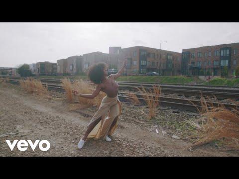 Nina Simone - Feeling Good (Official Video)